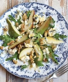 Pear Recipe | Pear and blue cheese salad with a maple vinaigrette