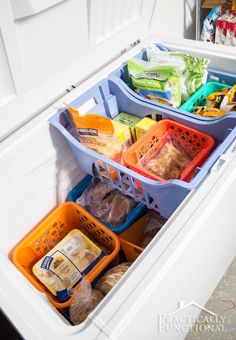 Dollar Store Organization Hacks That'll Make Life so Much Easier Chest freezer organizationChest freezer organization Organisation Hacks, Deep Freezer Organization, Organizing Hacks, Freezer Storage, Fridge Organization, Organizing Your Home, Cheap Storage, Storage Hacks, Organize Chest Freezer