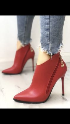high heels – High Heels Daily Heels, stilettos and women's Shoes Trend Fashion, Fashion Shoes, Style Fashion, Pumps Heels, Stiletto Heels, Red Heels, Bootie Boots, Shoe Boots, Boots Talon