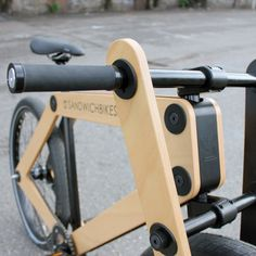 The Sandwichbike A flat-packed wooden bicycle delivered to your door for self assembly First introduced as an imaginative concept by Dutch design agency Bleijh about seven years ago, theSandwichbike. Wooden Bicycle, Wood Bike, Velo Beach Cruiser, Urban Bike, Fat Bike, Kids Bike, Bicycle Accessories, Bicycle Design, Wood Toys