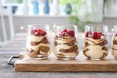TIRAMISU PÅ GLASS | TRINES MATBLOGG Tiramisu, Cheesecake, Pudding, Eat, Glass, Desserts, Christmas, Recipes, Food