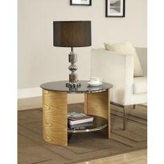 Geef uw accessoires een stijlvolle plek in uw huis op deze bijzettafel. Modern design met een klassieke touch ontworpen door Jual Furnishings.