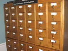 Storage andDisplay - Galleries - Bookmark Convention