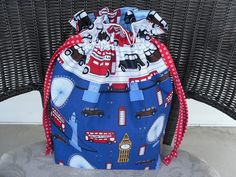 Totebag featuring Next Stop London fabric by Laurie Wisbrun. Bag by Kathy Zelazy, via Flickr