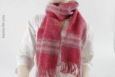 luxuryforyou.ch - first class second hand - *Burberry* Schal in Pink-Weiss-Grau