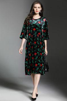da365cd80c Green Vintage Style Printed Loose Velvet Midi Dress