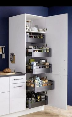 Kitchen Furniture Storage, Interior Design Kitchen, Home Decor Kitchen, Beautiful Kitchen Designs, Kitchen Furniture Design, Kitchen Room Design, Funky Home Decor, Modern Kitchen Design, Home Decor
