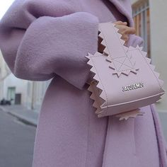 Who doesn't love lilac and 💕 fashion jacquemus jacquemusbag streetstyle stylish luxury luxurylife myworld fashionweek fashionworld fashionobsessed fashionobsession purple lilac myfashionobsession ootd outfit editor editorslife Look Fashion, Fashion Bags, Fashion Accessories, Rain Fashion, High Fashion, Fashion Beauty, Autumn Fashion, Fashion Dresses, Fashion Trends