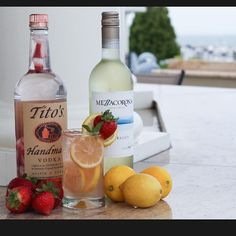 Strawberry Lemonade Sangria -Strawberry Infused Tito's Vodka -Pinot Grigio -A dash of Mint Infused Simple Syrup -Top off with Sprite and Lemonade  #mixology #bar #cocktail #liquor #booze #bar #bartender #instagood #tipsy #club #drink #drinkup #cocktails #foodporn #drinkporn #yummy #amazing #ohheybartender #vodka #wine #grigio #fruit #mint #strawberry #lemon #titos #sprite #gpyc #michigan #detroit #sangria
