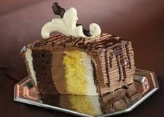 Imagini pentru tort nunta oradea