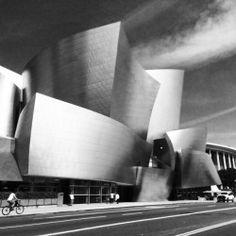 Downtown LA in black and white  #blackandwhite #losangeles #design  (at Walt Disney Concert Hall)