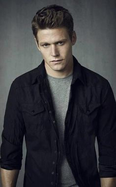 Zach Roerig has Matt Donovan on the Vampire Diaries!
