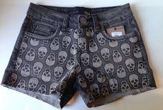Shorts caveira