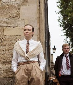 We rounded up Jodie Comer aka VIllanelle's best looks on Killing Eve and how you can. Katharine Hepburn, Diane Keaton, Zooey Deschanel, Kristen Bell, Pretty Little Liars, Lauren Conrad, Gossip Girl, Style Année 20, Jodie Comer