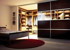 begehbarer Kleiderschrank | mit Schiebetüren | auf Maß gefertigt - bei Möbel Morschett