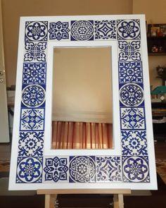 Ceramic Tile Art, Ceramic Painting, Tile Crafts, Mosaic Crafts, Mirror Mosaic, Mosaic Art, Turkish Art, Blue Tiles, Pattern And Decoration