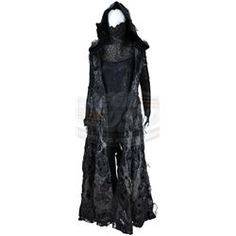 Chronicles of Riddick, The - Female Necromonger Convert Costume - ScreenUsed Sith Costume, Tardis Blue, Hooded Cloak, Cosplay Diy, Universal Pictures, Elves, Saga, Custom Made, Cool Outfits