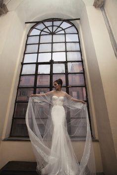 Sheer & sparkly bridal cape | Bridal Musings