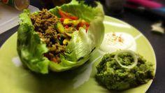Mexikanische Wraps ohne Tacos? ➤ Funktioniert bestens! Unsere Paleo Variante schmeckt mindestens genauso lecker und lässt sich schnell zubereiten.
