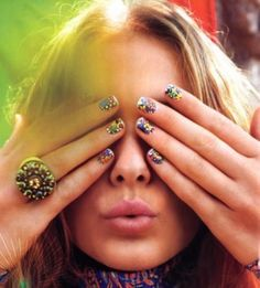 Love these boho nails Hippie Style, Hippie Chick, Hippie Masa, Hippie Life, Boho Style, Boho Chic, Sexy Nails, Cute Nails, Pretty Nails