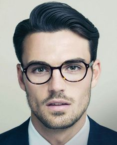 #Trend Hair Styles 2018 Men's hairstyles with beard 2018 - the most popular styles at a glance  #face #cuts #haircut #Curly #Ideas #sexy #trend#Men's #hairstyles #with #beard #2018 #- #the #most #popular #styles #at #a #glance