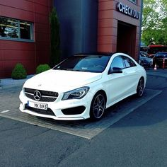 Awesome Amazing cars images are offered on our website. look at this and you wont be sorry you did. Mercedes Benz Cla 250, Black Mercedes Benz, Mercedes Benz Models, E350 Mercedes, Classic Mercedes, Suv Cars, Sport Cars, Mercedes Benz Convertible, Mercedes Benz Wallpaper