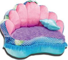 Find inspiration to create a mermaid themed kids' room with the latest interior design trends. Little Mermaid is a shell bed, inspired by the Disney's princess Ariel. This luxurious princess bed will highlight the decor of any little girl's room Little Mermaid Bedroom, Mermaid Room Decor, The Little Mermaid, Mermaid Nursery Theme, Mermaid Bathroom Decor, Girl Nursery, Girls Bedroom, Bedroom Ideas, Ocean Bedroom