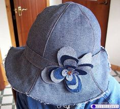 This is one of 28 recycled denim jeans projects. Jean Crafts, Denim Crafts, Refaçonner Jean, Sewing Clothes, Diy Clothes, Denim Hat, Denim Ideas, Recycled Denim, Diy Fashion