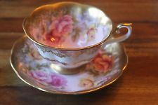 Royal Albert Retrato Series Rosa Com rosas de borda de ouro Xícara E Pires Antigo
