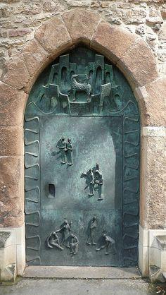 ~♅ Detailed Doors to Drool Over ♅ art photographs of door knockers, hardware & portals -