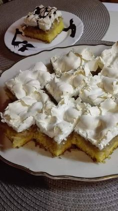 Hungarian Recipes, Winter Food, Cake Cookies, Cake Recipes, Biscuits, Muffin, Food And Drink, Fudge, Pie