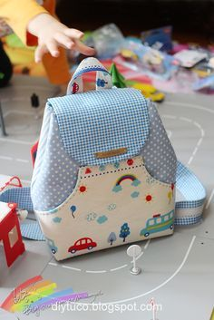 Tutorial: How to make a small children backpack | Diy Tutorials Collection