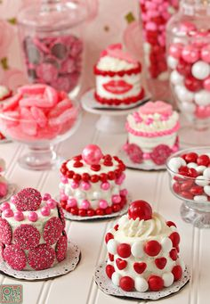 Easy Valentine's Day Mini Cakes! So fast, so simple, so cute!  She has darling ideas on her blog!