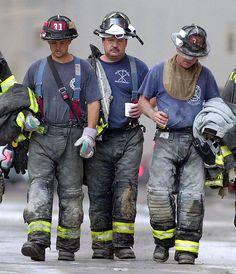 World Trade Center 9/11/01 attack memorial photo | Flickr - Photo Sharing!