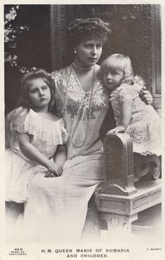 """Crownprincess Marie of Romania and children, Princess Marie """"Mignon"""", later Queen of Yugoslavia and Prince Nicolae. Romanian Royal Family, Greek Royal Family, Queen Victoria Children, Princess Victoria, Adele, History Of Romania, Princess Alexandra, Victoria And Albert, Victoria Reign"""