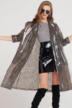 Raincoats For Women Beautiful Code: 1147973015 Raincoat Outfit, Raincoat Jacket, North Face Rain Jacket, Rain Jacket Women, Raincoats For Women, Jackets For Women, Mode Outfits, Fashion Outfits, Imper Pvc