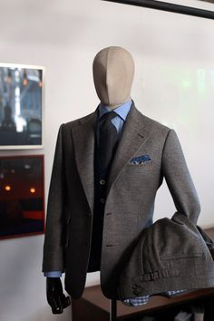 http://chicerman.com  tailorablenco:  Tailorable Wine Label Grey hopsack double face wool suit fabric from Drapers italy  #menshoes