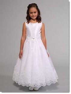 fc3607ce3b0 3027 Lace Communion Dress. First Communion Dresses ...