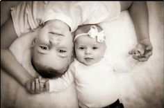 Trendy baby girl newborn photography brother sister photos 56 Ideas - List of the most beautiful baby products Brother Sister Photos, Sister Pictures, Baby Sister, Brother Sister Photography, Big Brother Little Sister, Funny Sister, Sibling Photos, Newborn Pictures, Baby Pictures