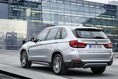BMW X5 xDrive 40e Rear Side
