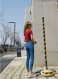 Korean Daily Fashion Casual Chic Look Photo cred. Korean Fashion Summer, Korean Fashion Trends, Korean Street Fashion, Asian Fashion, Korea Fashion, Japanese Outfits, Japanese Fashion, Daily Fashion, Fashion Online