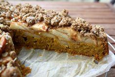 Vollkorn-Apfel-Kürbis-Kuchen mit Knusperstreusel von salzpfefferkokosnuss