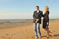 Hélène de Fougerolles et Zinedine Soualem : une magnifique séance photo sur les plages normandes