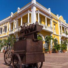 Cartagena Colombia ------------------------- #cartagena #colombia #visitcolombia #unlimitedcaribbean #caribbean #aroundtheworld #beautifuldestinations #bestvacations #cruise #exploretheglobe #igtravel #igworldclub #instamoments #instapassport #instatravel #meinschiff #meinschiff4 #postcardfromtheworld #reiselust #roamtheplanet #theglobewanderer #traveladdict #travelgram #travelphoto #travelworld #tuicruises #vacation #wanderlust #worldcaptures