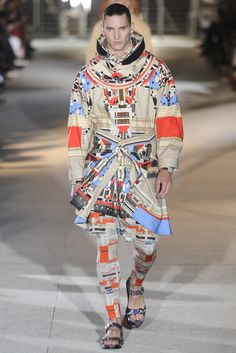 The Best Looks from Spring-Summer Paris Fashion Week Menswear Shows Pt. Sport Fashion, I Love Fashion, Fashion Show, Mens Fashion, Runway Fashion, Spring 2014, Spring Summer, Summer 2014, Givenchy Man