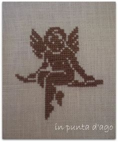 in punta d'ago: AGNES DELAGE-CALVET ET ANNE SOHIER-FOURNEL Anges Motifs de broderie traditionnelle et au point de croix
