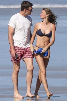 Tom Brady and Gisele Bündchen Enjoy Romantic Stroll on the Beach During Trip to Costa Rica Tom Brady And Gisele, Navy Bikini, Gisele Bündchen, Most Beautiful Models, Bikini Outfits, Summer Swimwear, Fashion Couple, Camila, Bikini Fashion