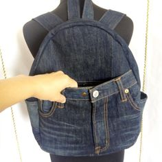 Newest Screen Denim backpack for college and travel Popular I really like Jeans ! And even more I want to sew my own personal Jeans. Next Jeans Sew Along I am Jeans Denim, Denim Bag, Diy Jeans, Casual Jeans, Denim Backpack, Backpack Travel Bag, Mochila Jeans, College Casual, Denim Handbags