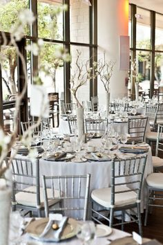 Style Me Pretty | GALLERY & INSPIRATION | GALLERY: 4801 | PHOTO: 296559