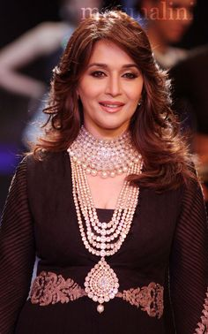 beautiful jewellery by PC jewellers worn by Madhuri Dixit Nene